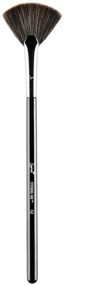 Sigma Beauty F42 Strobing Fan Brush