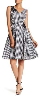 Sangria V-Neck Lace Applique Check Print Dress