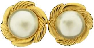 Chanel Vintage Gold Pearl Earrings