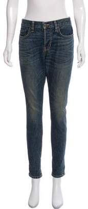 6397 Baggy Mid-Rise Jeans