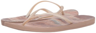 Reef - Escape Lux Print Women's Sandals $28 thestylecure.com