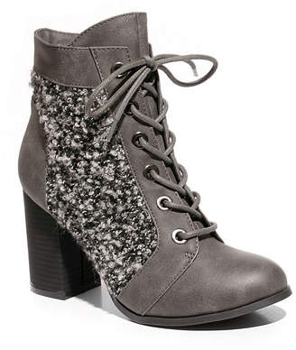 Two Lips 2 Lips Too Womens Lazlo Bootie Block Heel Lace-up