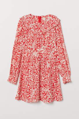 H&M Patterned Ruffled Dress
