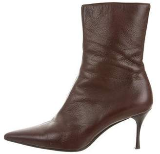 Gucci Leather Pointed-Toe Boots
