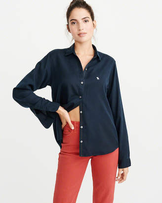 Abercrombie & Fitch Icon Button-Up Shirt