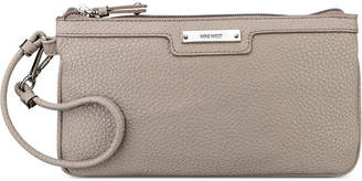 Nine West Table Treasures Horizontal Wristlet