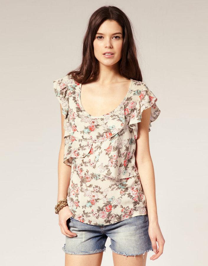 Vero Moda Layered Floral Print Top