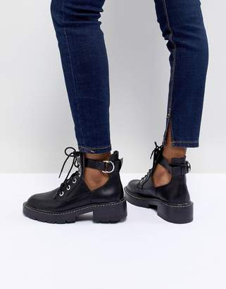 Pull&Bear Cut-Out Lace Up Chunky Heel Boot