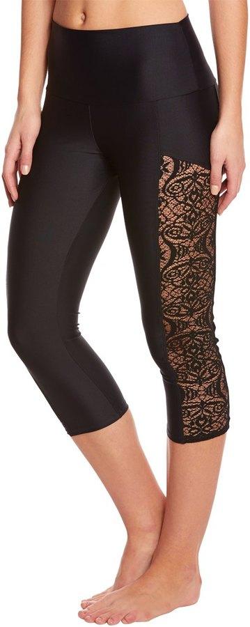 Onzie Stunner Yoga Capri Leggings 8151683