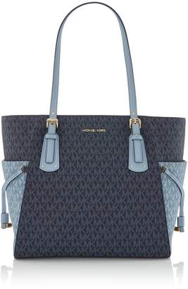 Michael Kors Voyager signature tote bag