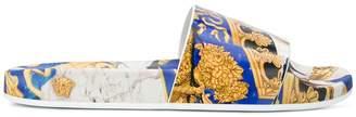 Versace Baroque print slides