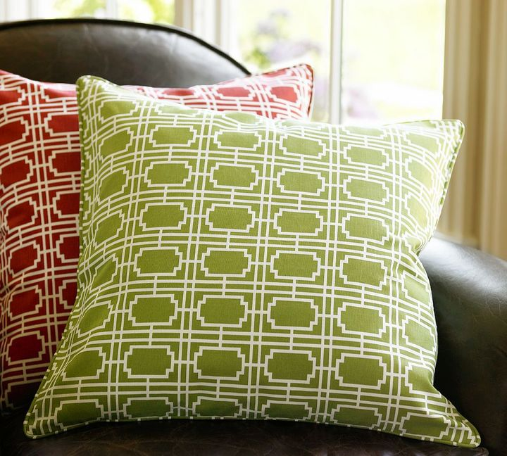 Grid Print Pillow Cover