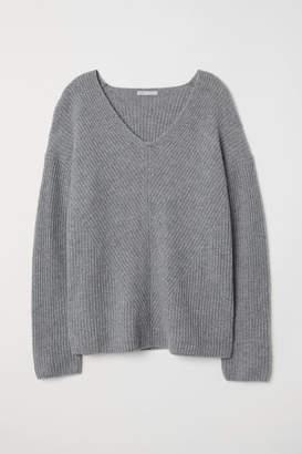 H&M V-neck Cashmere Sweater - Gray
