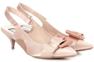 N°21 Satin kitten-heel pumps