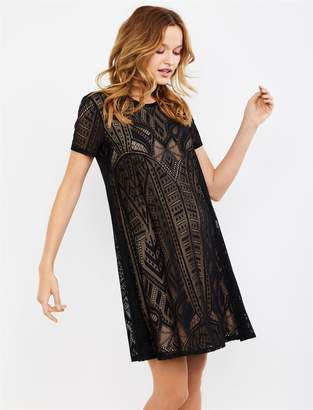 BCBGMAXAZRIA Lace Short Sleeve Maternity Dress