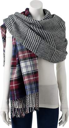 Steve Madden Nyc Women's NYC Plaid Reversible Blanket Scarf