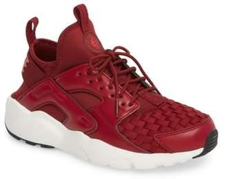 Nike Huarache Run Ultra SE Sneaker