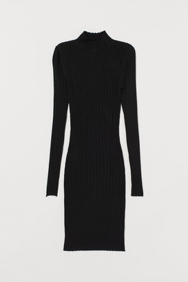 H&M Fitted Knit Dress - Black