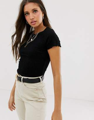 New Look shirred crop tee in black