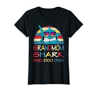 Womens Grandmom Shark Shirt Vintage Matching Family Mommy Grandma