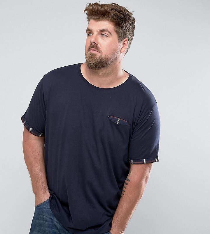 – Kariertes T-Shirt mit Tasche