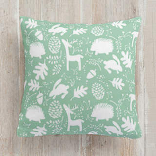 Woodland wonder Self-Launch Square Pillows