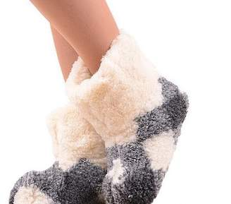 Marian Women's Natural Sheep Wool Warm Home Slippers, Bootie Shoes (7.5, )