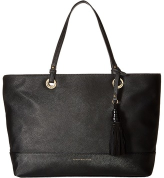 Tommy Hilfiger Grace - Shopper $108 thestylecure.com