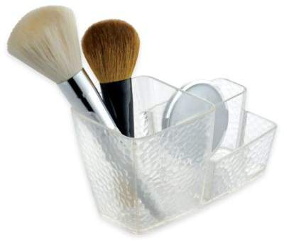 6 Products That Will Maintain Your Makeup Brushes