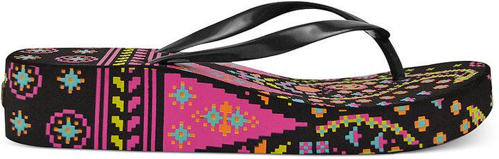 Muk Luks Platform Wedge Thong Sandals