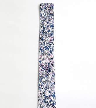 Moss Bros tie with splatter design
