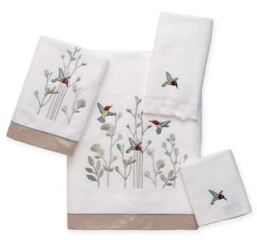Avanti Colibri Fingertip Towel in White