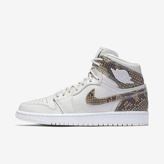 Jordan Air 1 Retro High Premium Women's Shoe