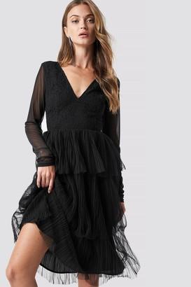 Na Kd Party Mesh Sleeve Layered Midi Dress Black