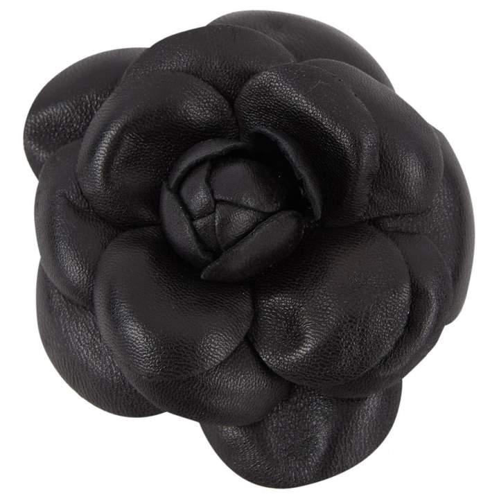 Camélia leather pin & brooche