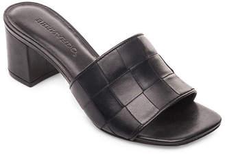 Bernardo Bridget Leather Slide