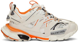 Balenciaga (バレンシアガ) - Balenciaga オフホワイト and オレンジ トラック スニーカー