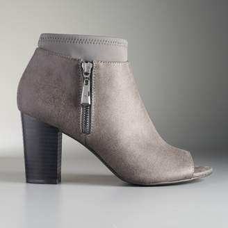 Vera Wang Simply Vera Melbourne Women's Ankle Boots