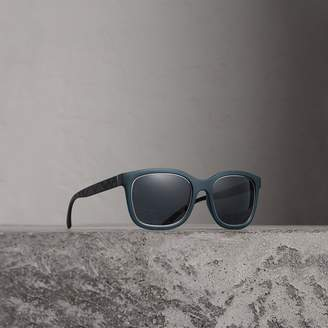 Burberry Embossed Check Detail Square Frame Sunglasses