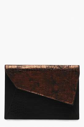 boohoo Mixed Snake Asymmetric Fold Clutch