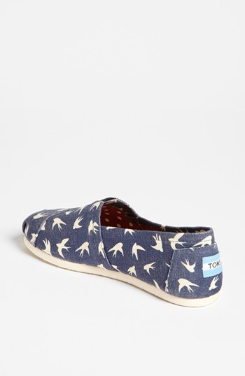 Toms 'Classic - Swallows' Slip-On (Women) (Exclusive Color)