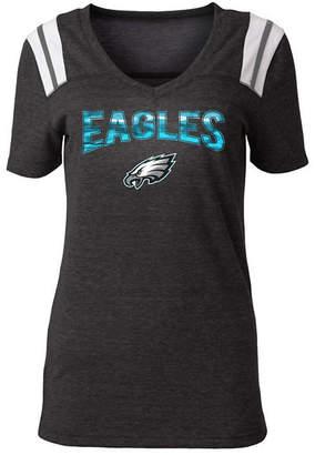 5th & Ocean Women Philadelphia Eagles Shoulder Stripe Foil T-Shirt