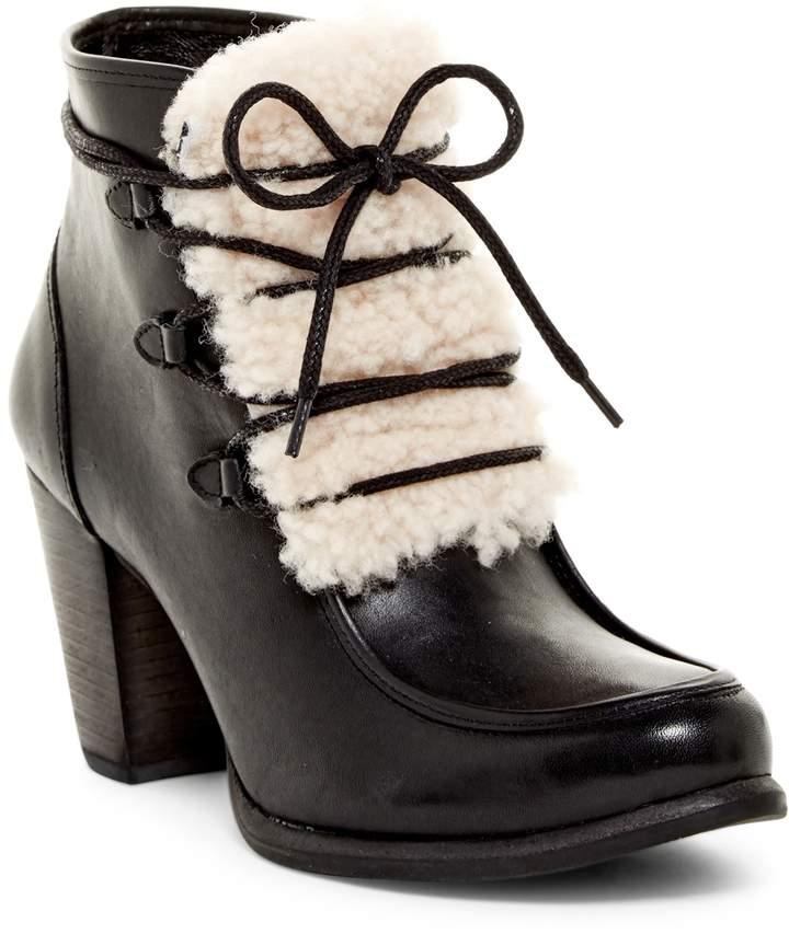 UGGUGG Australia Analise Genuine Shearling Boot
