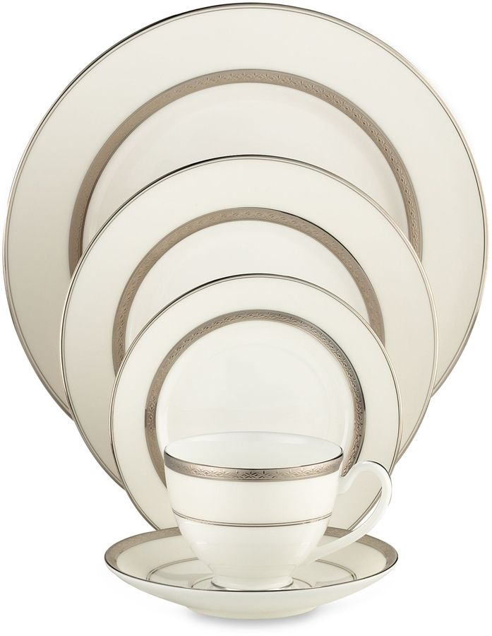 Waterford Araglin Platinum Dinnerware