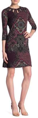 Gabby Skye 3\u002F4 Sleeve Front Keyhole Print Dress