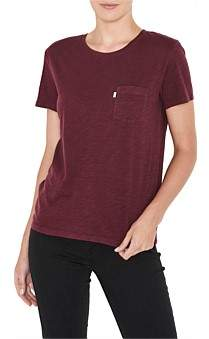 Levi's The Perfect Pocket Tee