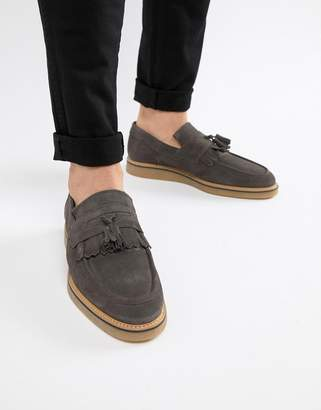 Asos Design DESIGN loafers in gray suede with faux crepe sole