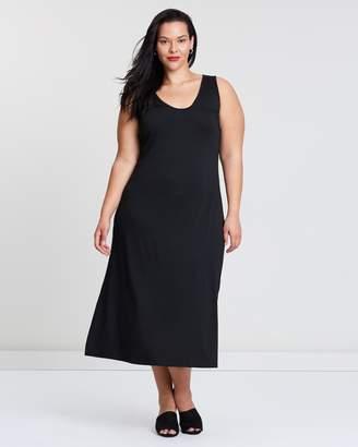 ICONIC EXCLUSIVE - Essential Maxi Dress