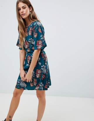 Daisy Street Dress With Split Neck Detail In Rose Nouveau Print