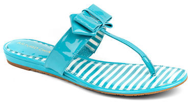Arturo Chiang Beccaa Patent Leather Bow Thong Sandals